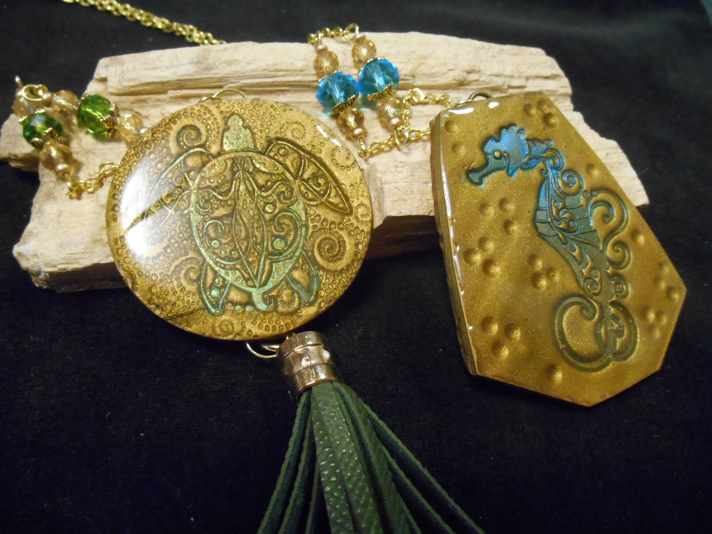 Bonus 8. Turtle Token Pendant. VIDEO Tutorial.  Lyn Gill